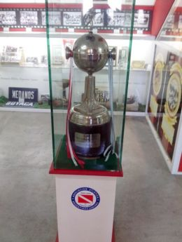 La Copa que pocos tienen y ahora punteros en el campeonato...